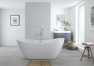 symmetrical freestanding bath with deck mounted tap