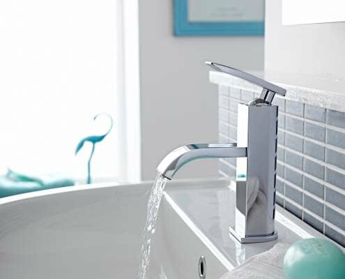 tap filling a basin
