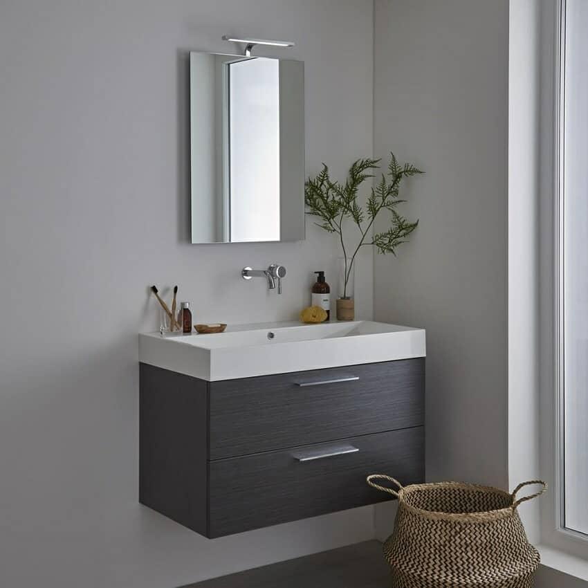 Bathroom vanity unit with rectangular bathroom mirror and light