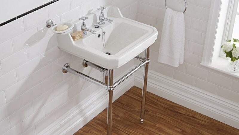 Vintage style washstand