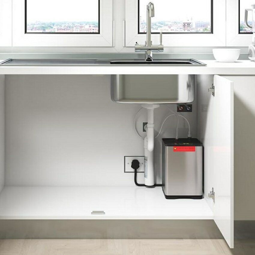 Kitchet sink with boiling water tap unit exposed
