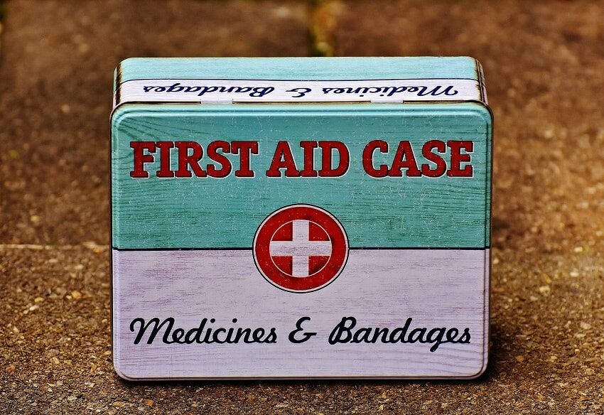 first aid case - medicines & bandages
