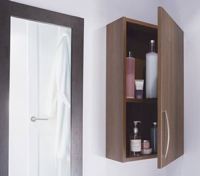 Wall hung bathroom cabinet with shelf