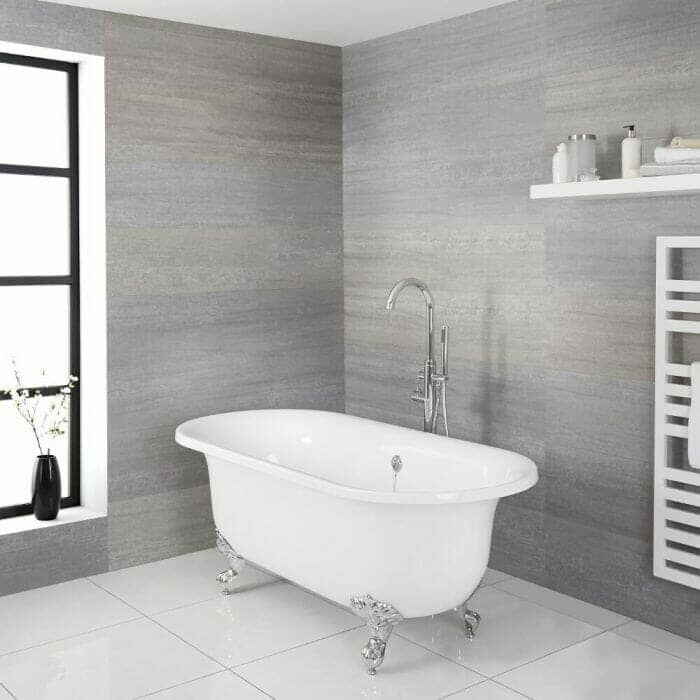 Freestanding Tub with a choice of feet