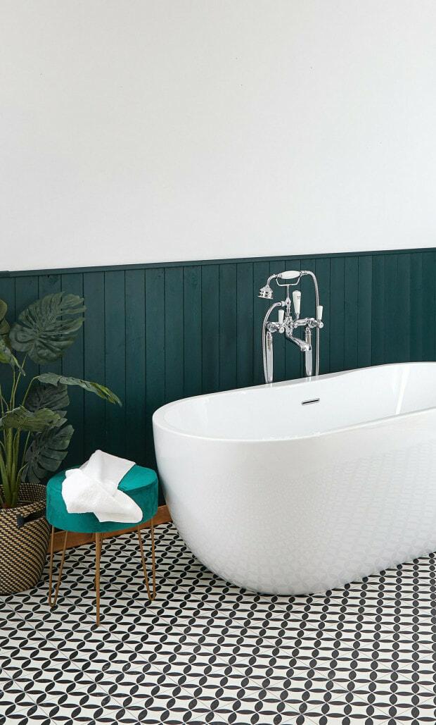 oval tub