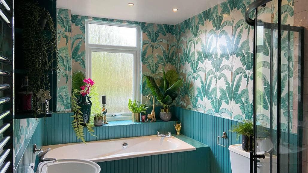 Audenza Bathroom- bath area