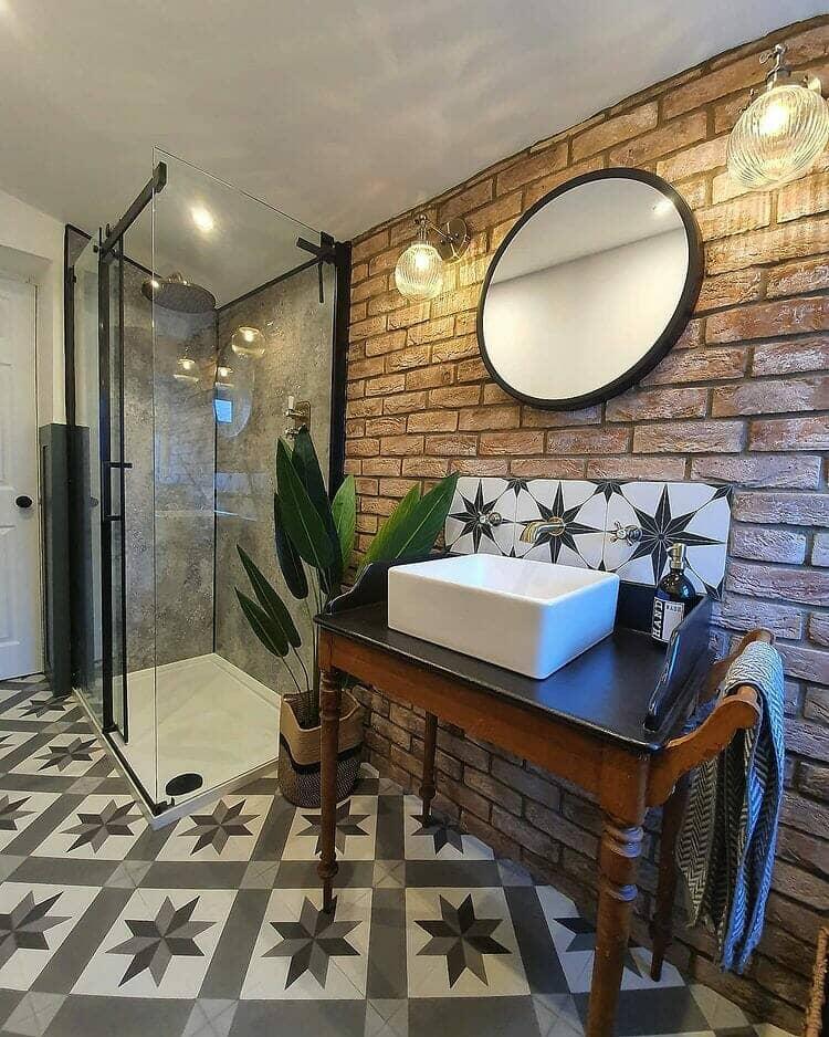 industrial modern bathroom idea