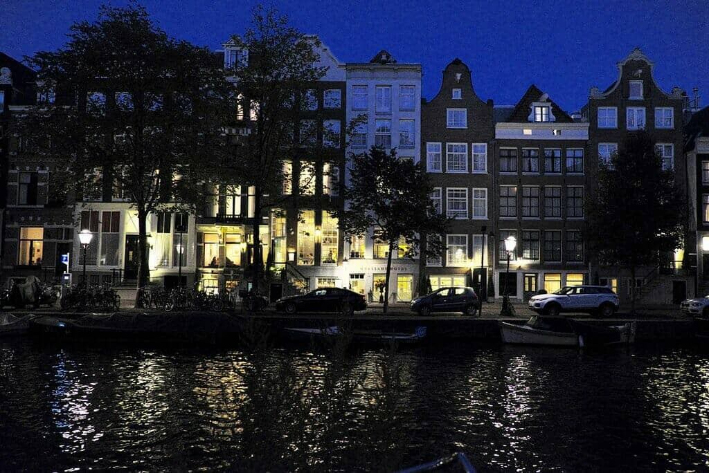 Ambassade Hotel, Amsterdam exterior at night