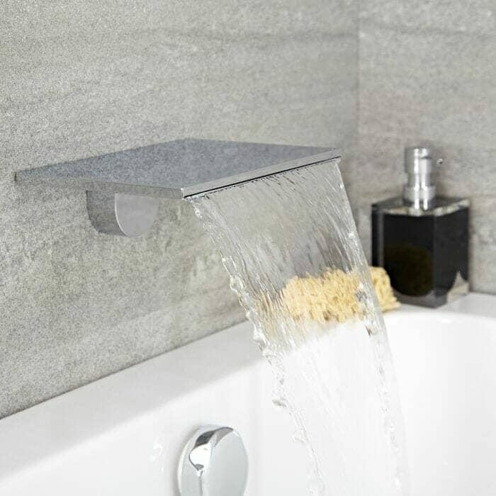 Waterfall bath tap