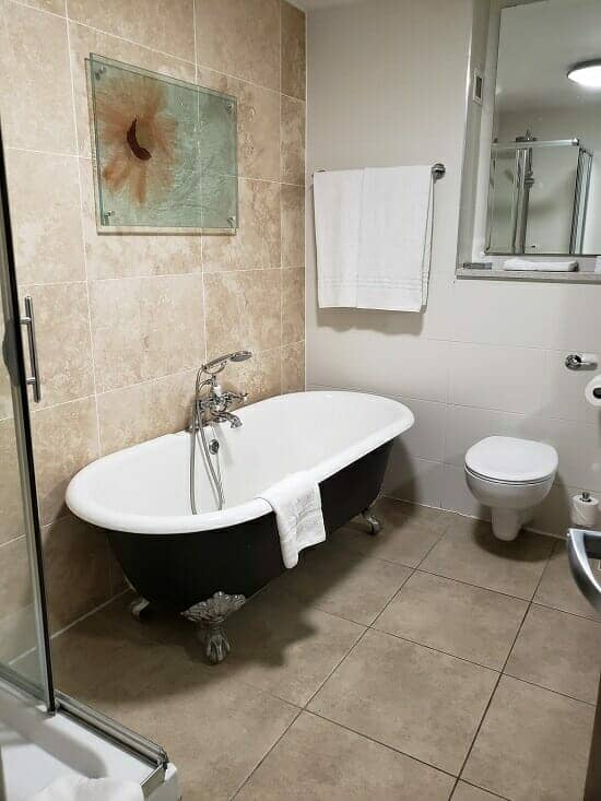 Clontarf Castle, Dublin traditional bathtub