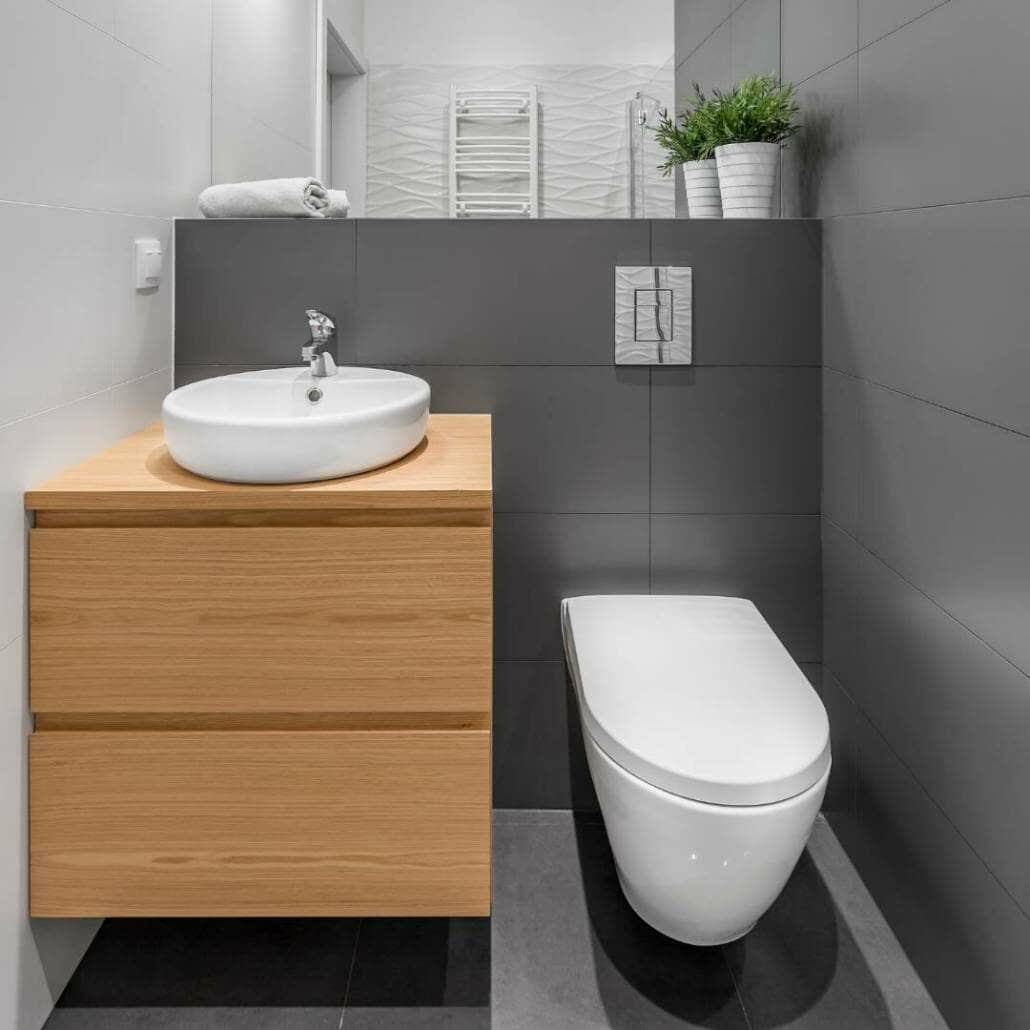 small bathroom with wall hung toilet