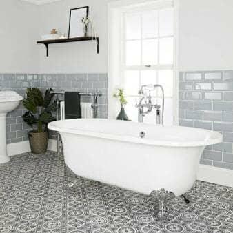 Milano Richmond White Traditional Freestanding Bath w/ Silver Feet